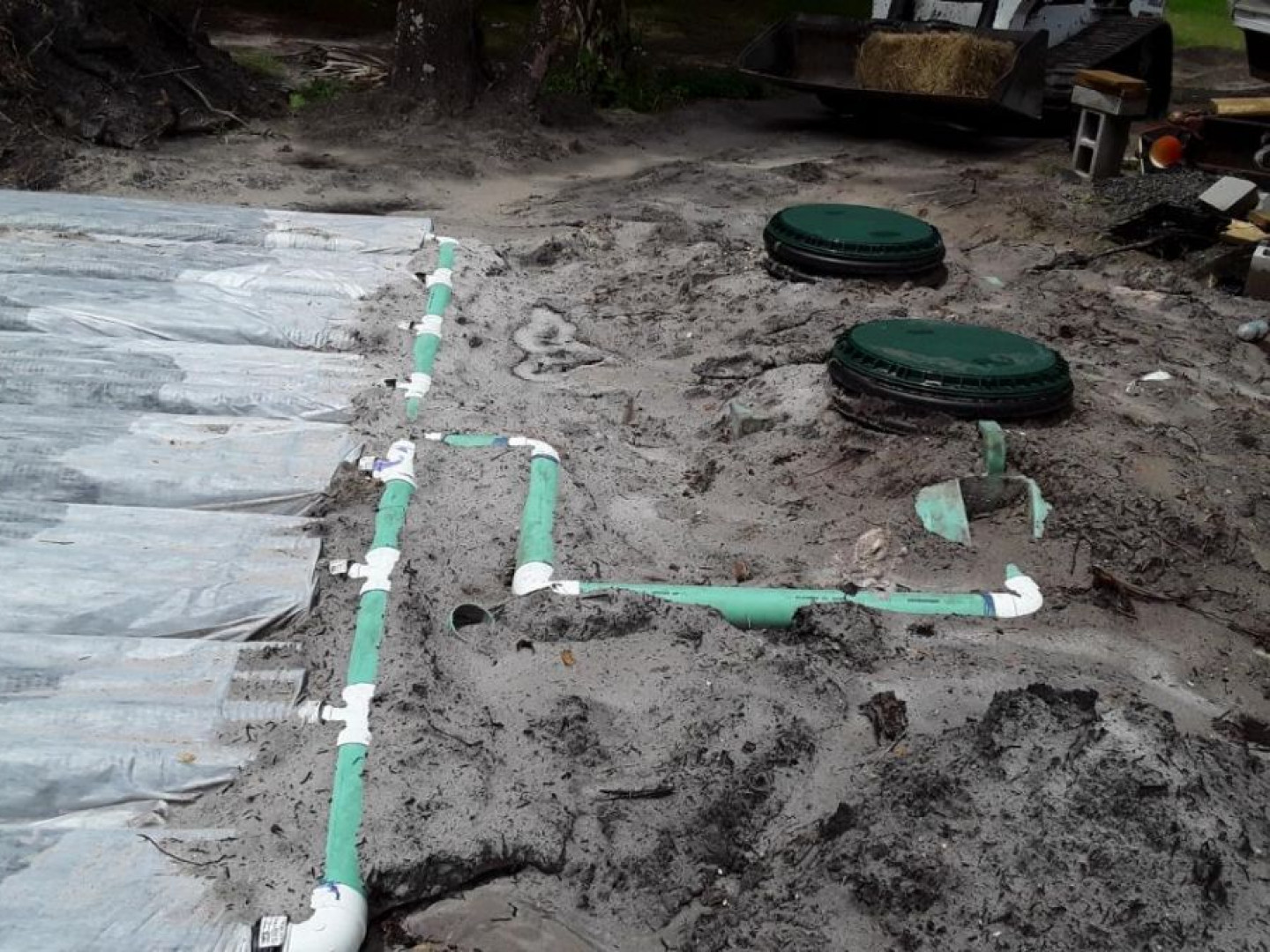 Avoid exposure to harmful bacteria with professional septic tank repair